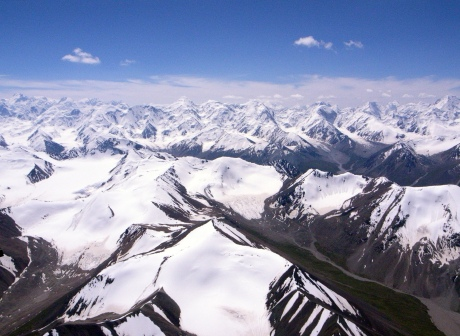 %e9%a3%9e%e8%b6%8a%e5%a4%a9%e5%b1%b1_fly_over_tian_shan_mountains_4117410958